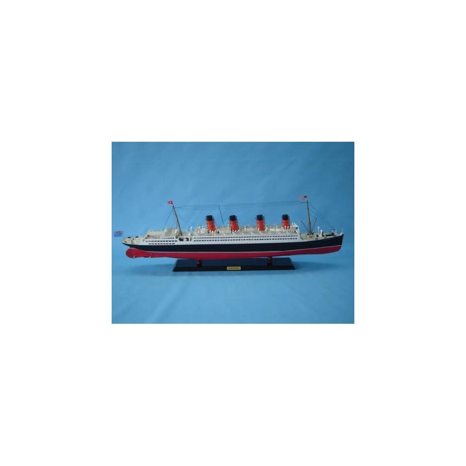 Aquitania limited 40 model cruiseship already built not a for Arquitania business sl