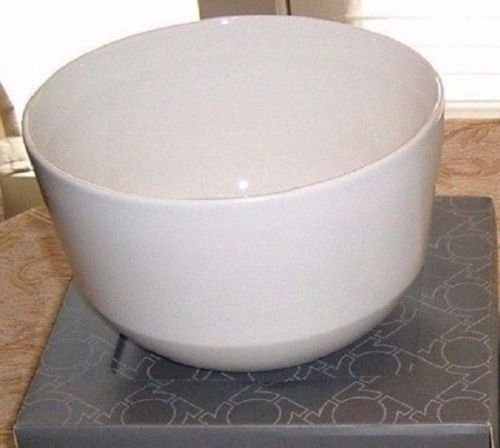 kenneth-cole-reactions-take-out-cream-squared-serving-bowl-9-in