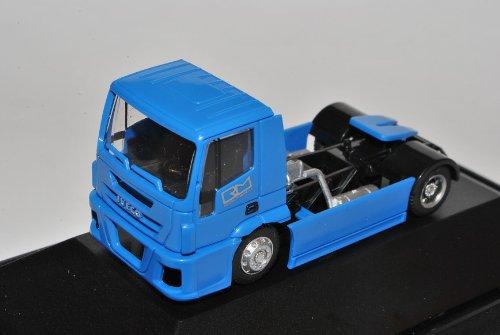 Iveco Zugfahrzeug LKW Blau Nürnberg