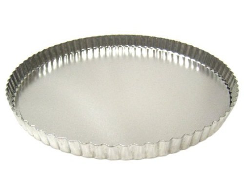 Fluted Tart/Quiche Pan with Removable Bottom - 11 Inch Diameter