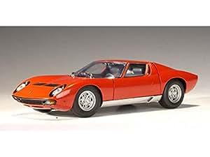 Amazon.com: Lamborghini Miura SV 1/18 Red: Toys & Games