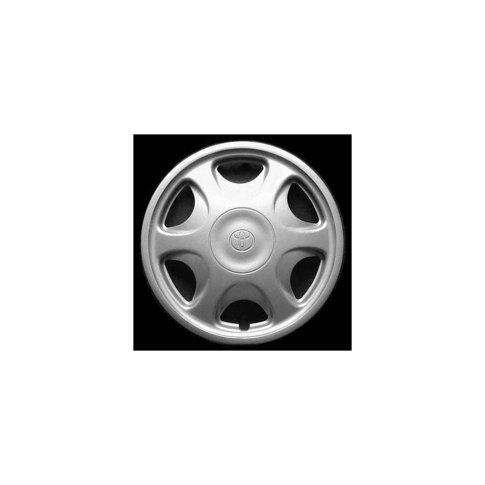 93 96 TOYOTA CAMRY WHEEL COVER HUBCAP HUB CAP 14 INCH, 6 HOLE BRIGHT SILVER 14 inch (center not included) (1993 93 1994 94 1995 95 1996 96) T261201 FWC61095U20