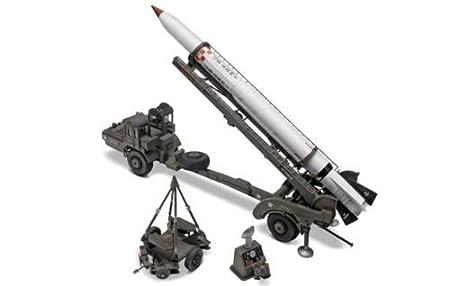Revell Monogram 1:40 - Corporal Missile w/ Transporter - RVM7852