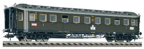 Fleischmann Ho Scale German 3Rd Class Compartment Coach With End Markers