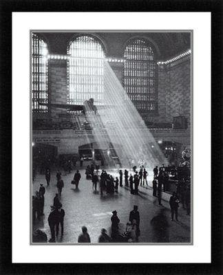 buyartforless IF IBC027Y DM16x20 Professionally Framed Grand Central Station 20X16 Art Print Poster Double Matted Train Station Historic New York City Landmark (Central Train New York Poster compare prices)