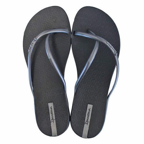 Ipanema Women's Fit Flip Flop,Black/Silver,9 M US