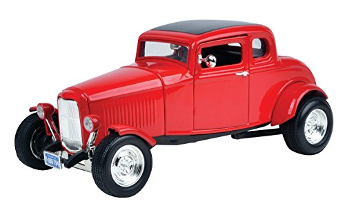 Motormax 1:18 Die-Cast 1932 Ford Coupe With Hood (1932 Ford 5 Window Coupe compare prices)