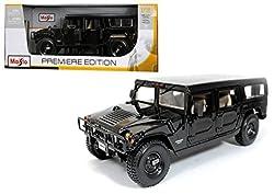 Maisto 1:18 Premiere Edition Hummer 4 Door Wagon Diecast Car