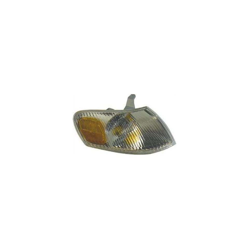 OE Replacement Toyota Corolla Front Passenger Side Signal Light Lens/Housing (Partslink Number TO2533108)