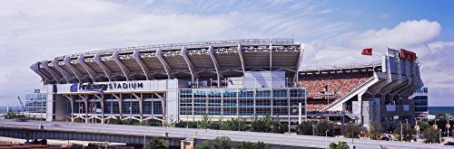 panoramic-images-low-angle-view-of-a-football-stadium-firstenergy-stadium-cleveland-ohio-usa-kunstdr