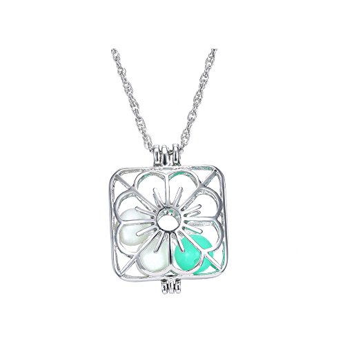 winters-secret-alloy-hollow-out-roses-luminous-pendant-glow-creative-personality-necklace
