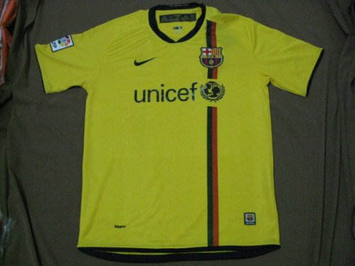 08-09 FC BARCELONA AWAY JERSEY + FREE SHORT (SIZE XL)