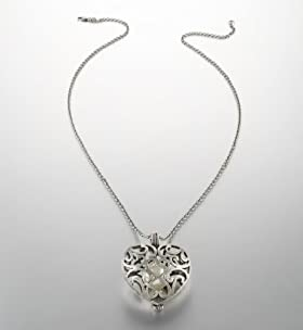 Limited Collection Faux Pearl Heart Pendant Necklace