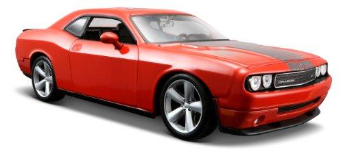 maisto-31280o-vehicule-miniature-modele-a-lechelle-dodge-challenger-srt8-echelle-1-24
