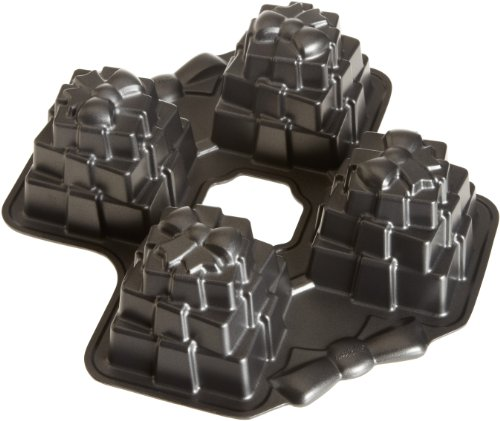Wilton Dimensions Multi-Cavity Present Cake Pan