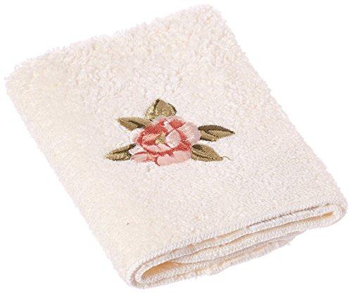 Avanti Premier Royal Rose Fingertip Towel, Ivory (Avanti Premier Fingertip Towels compare prices)