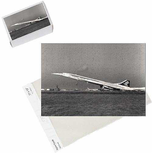 photo-jigsaw-puzzle-of-concorde-210-g-boad-painted-in-singapore-airlines-markings
