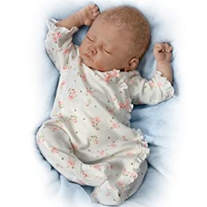 Sophia Lifelike Baby Doll By Ashton Drake Amazon Co Uk