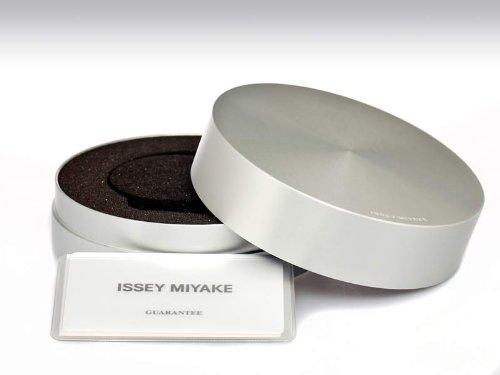 issey-miyake-vue-yves-behar-watch-metal-white-dial-metal