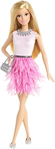 Barbie CFG13 - Barbie & Friends Barbie Fashionista 2