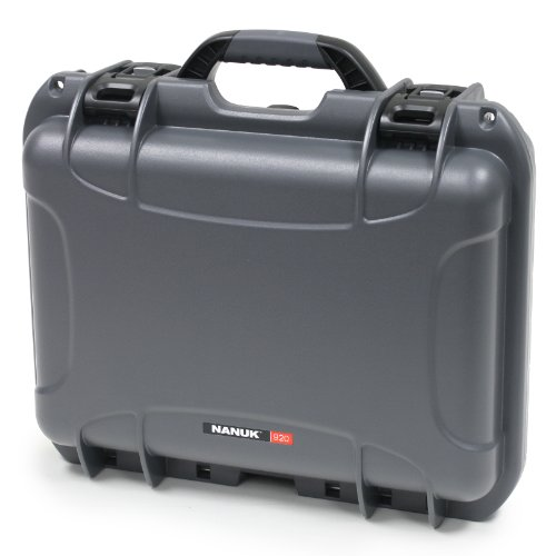 Nanuk 920 Case with Padded Divider (Graphite)