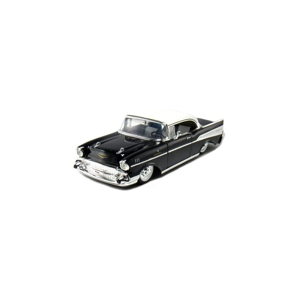 1957 Chevy Bel Air Coupe 2 Door 124 Scale (Black)