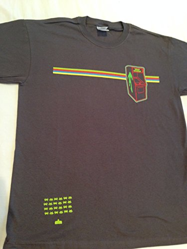 Classic Space Invaders Arcade Machine t-shirt, size medium