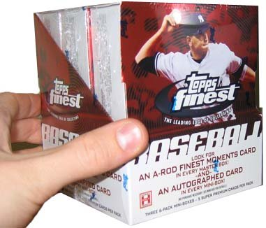 2005 Topps Finest Baseball Cards Hobby Box (18 packs/box, 3 autographs/box)