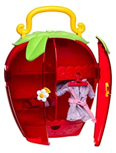 Strawberry Shortcake: Strawberry Fashion Closet