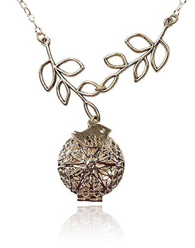 Aromatherapy-Necklace-Essential-Oil-Diffuser-Locket-Pendant-Jewelry-Silver-tone-Filigree-Bird-and-Tree-Branch-Charms-wreusable-felt-pads