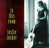Songtexte von Leslie Tucker - In This Room