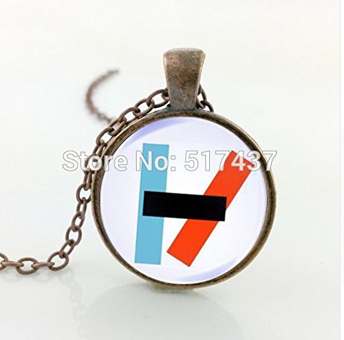 twenty-one-pilots-alternative-band-blurryface-microphone-necklace-glass-cabochon-necklace