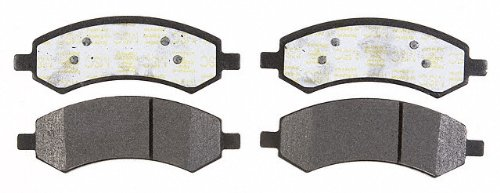 Prime Choice Auto Parts SMK1084 New Front Semi Metallic Brake Pad Set
