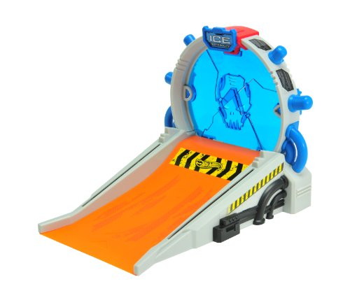 toy-state-hot-wheels-stunt-fx-light-and-sound-ice-breaker-with-loop-car