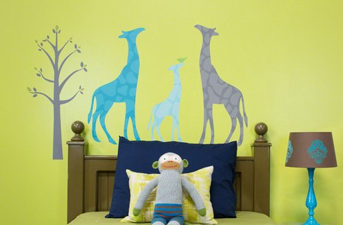 Oopsy Daisy 28 by 35-Inch Peel and Place Modern Giraffe by Stacy Amoo Mensah, Small, Blue