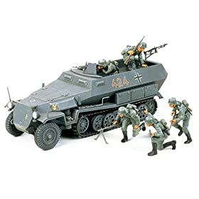 German Hanomag Sdkfz 251/1 Military Model Kit