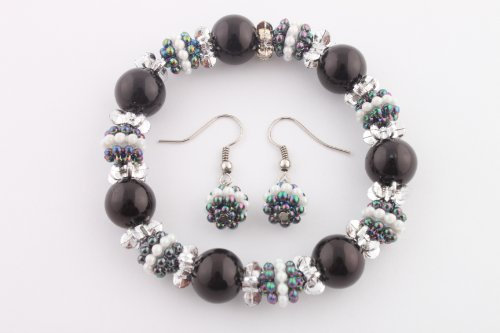 Ladies Black Pearl Beads with Mini Pearl Beads Stretch Bracelet & Matching Earrings Jewelry Set