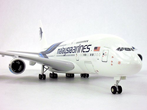 airbus-a380-a-380-malaysia-airlines-1-200-scale-model-airplane