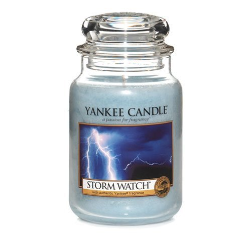 Yankee Candle 22-Ounce Jar Scented Candle, Large Storm Watch