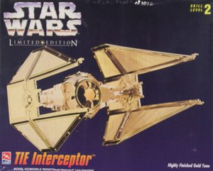 Imagen de Star Wars Limited TIE Interceptor Edición Gold Tone Model Kit