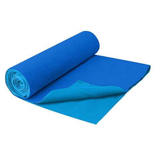 gaiam-no-slip-yoga-mat-towel-deep-blue