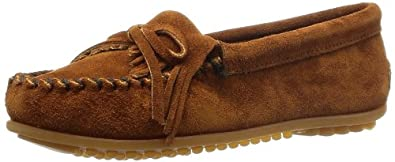 Minnetonka Women's Kilty Moccasin,Brown,5 M US