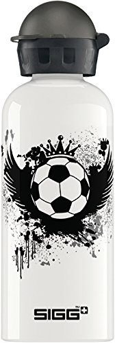 E514658-SIGG-Bottles-King-of-the-Pitch