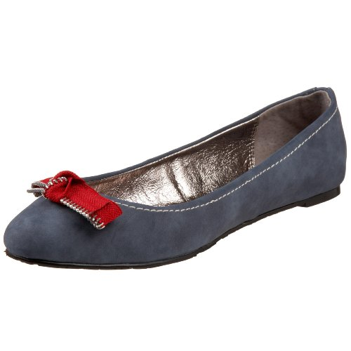 Charles by Charles David Women's Zip Code Flat