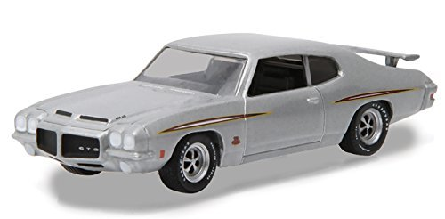 1971-pontiac-gto-silver-episode-101-the-walking-dead-tv-series-2010-2015-1-64-by-greenlight-44730-e-