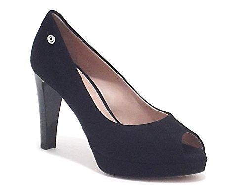 Donna Serena scarpe donna, modello 9118, decoltè spuntato in camoscio, colore nero, tacco alto