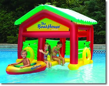 Inflatable drinking water Slides:Boathouse flying Swimming Pool environment Images