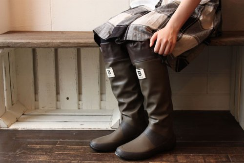 【日本野鳥の会】バードウォッチング長靴は野外フェスやキャンプにも便利らしい!クルクルたためる