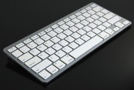 COSMOS Bluetooth Wireless Keyboard for Ipad 2/Iphone 2G/3G/3GS/4 /PC/Smartphone/HTPC/macbook+Cosmos Cable Tie