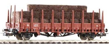 Piko 54462 DB Stake Wagon with Hay Load III